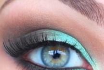 Make-up / by Lisa Flieg