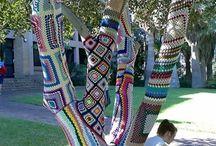 Street art arbre habillé