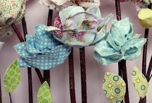 Fabric Flowers/Ideasss / by Kelly McElligott