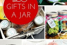Gift Guide – The Best Gifts for Everyone on Your List / Great gift ideas for everyone in your life!