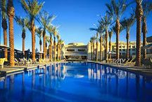 Scottsdale, Arizona / Scottsdale Arizona is a beautiful place to live and to visit. With dozens of great desert golf courses, resorts, shopping and tourist destinations, it is a fantastic place to spend your vacation.