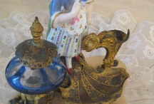 Lovely Antiques / by Vanna H