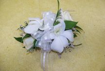 Prom Flowers / Corsage and Boutonniere ideas for prom