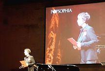 Instagram Sul palco della Rocca di Costanza, @poplucrezia apre questa sesta edizione di @popsophia!  Grande!  #Popsophia2016 #ilritornodellaforza