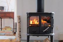 Fireplaces / by Jennifer Moffett