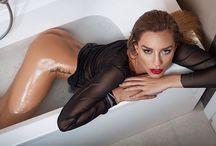 Bath / wet story