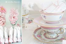pink and white cake table