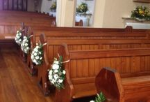 Church wedding flowers / Wedding flowers for church in different styles alter arrangement pew ends and church arches with pedestals