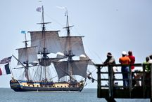 The Hermione in America / A collection of international articles about the Hermione's arrival in America.