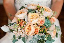 Love Me Some Wedding Stuff / by Rachel Schutt