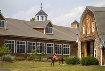 Dream Barns / Shots of beautiful barns.