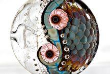 Karin jakobsen / Diy smykker og abstrakt maleri , og håndarbejde