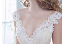 Esküvői csipke ruha