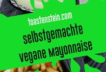 Dips&Saucen-Monster // dips and sauces / Hier findet ihr unsere Rezpte für leckere Dips and Saucen! // here you can find our recipes for yummy dips and sauces! // www.toastenstein.com
