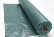 Silt Fence Fabric - Woven/Non-Woven to Control Sediment / Silt fence fabric, made of polyethylene, is a sediment control fabric designed to block silt runoff and prevent topsoil from washing away from construction sites.