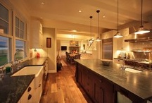 Kitchen / by Julie Saunders
