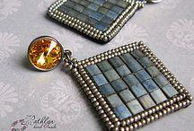 korálky - vyšívané šperky