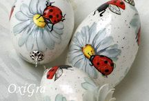 EASTER EGGS / by Elaine Kittredge