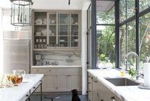 Great Kitchens / by Kris Ozburn
