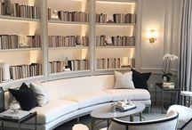 bilbioteca / estante de livros