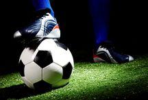 Műfüves pályahasználat / Műfüves pályahasználat  Pomáz Város Önkormányzata megállapodást kötött a pálya jelenlegi bérlőjével a Pomázi Egervári-Halmai Focisuli Sport Egyesülettel, a műfüves pályák lakossági használatára vonatkozóan.  Egyesület munkájáról itt található:  http://www.pomazfoci.hu/portal/index.php?option=com_content&view=frontpage&Itemid=1  http://www.pomaz.hu/news/789/m�f�ves-p�lyhaszn�lat