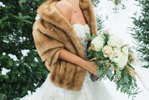 Winter Wedding Inspiration / Warm shades to your winter wedding. Angel Isabella Flowers knows perfect flowers for each season.