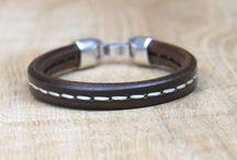 Mannen sieraden / Armbanden voor mannen gemaakt van leer.