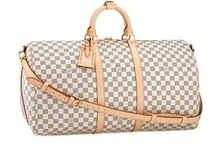 I LOVE BAGS! / by Barbie Perry