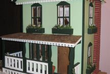 Good Things Come in Small Packages / Doll houses and other miniatures
