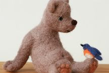 Poppen en dieren / Puppets and stuffed animals