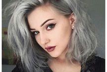 μαλλιά με χρώμα