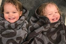 Twin Life / Got twin babies or toddlers? We have everything you'll need to know or need to have!
