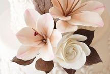 Wedding Cakes / by Heather Lynthlin