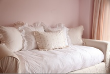 Guest Room Ideas / by Mandy Wilson Gehman