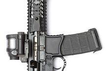 .Strelné Zbrane