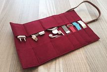 Traveling cables organizer
