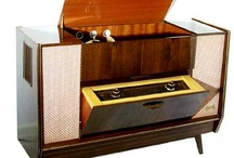 Stereo sideboard