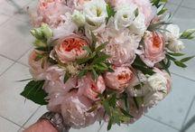 Νυφικά μπουκέτα με τα καλύτερα λουλούδια