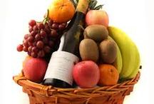 GOURMET / FRUIT AND GOURMET BASKETS MAKE THE PERFECT GIFT FOR ANY OCCASION