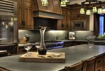 Amazing Celebrity Kitchens / Catch some of the most astonishing Modern Kitchens in Celebrity Houses. Which one's would you like to have? #ModernKitchenDesigns #CelebrityKitchenDesign / by 27estore.com
