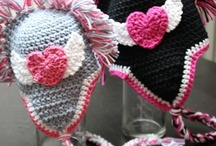 yarn crafts / by Jessica Dodson