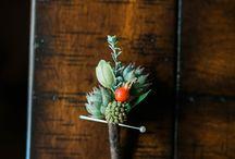 Details / Wedding and Reception Details Bouquets Boutonnieres Centerpieces