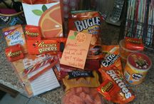College / Care package ideas!  / by Ariel Moody