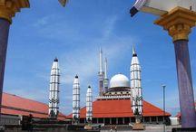 Marveling at Semarang's Central Java Grand Mosque