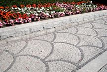 Granite Paving / Choose from the number of our granite driveway paving products. Offer includes plenty of items to create long-lasting and stylish finish. In order to give your driveway  pavinga quick makoever, choose from the number of our granite products. We offer granite setts, granite cobbles, paving slabs  and pre-assembled kits to create long-lasting and stylish finish.