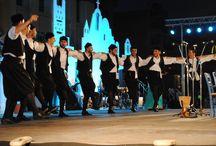 Ο μισεμός είναι καημός / Παράσταση του Χορευτικού Ομίλου Θεσσαλονίκης τον Ιούνιο του 2012 στην Πλατεία του Δημαρχείου της Καλαμαριάς.