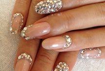 Nails, Hair & Beauty / by Noémi Barabás