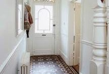 Entrance hall / Flooring