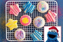 Celebrity Holiday Cookies 2011 / We're serving up a hot batch of holiday cookie recipes from the White House, Cookie Monster, Angry Birds, Linda Evans, John Legend and more...  Enjoy! / by Cooking Channel