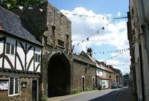 Cute English villages / Step back in time with Ye Olde England Tours and see the best parts of England.